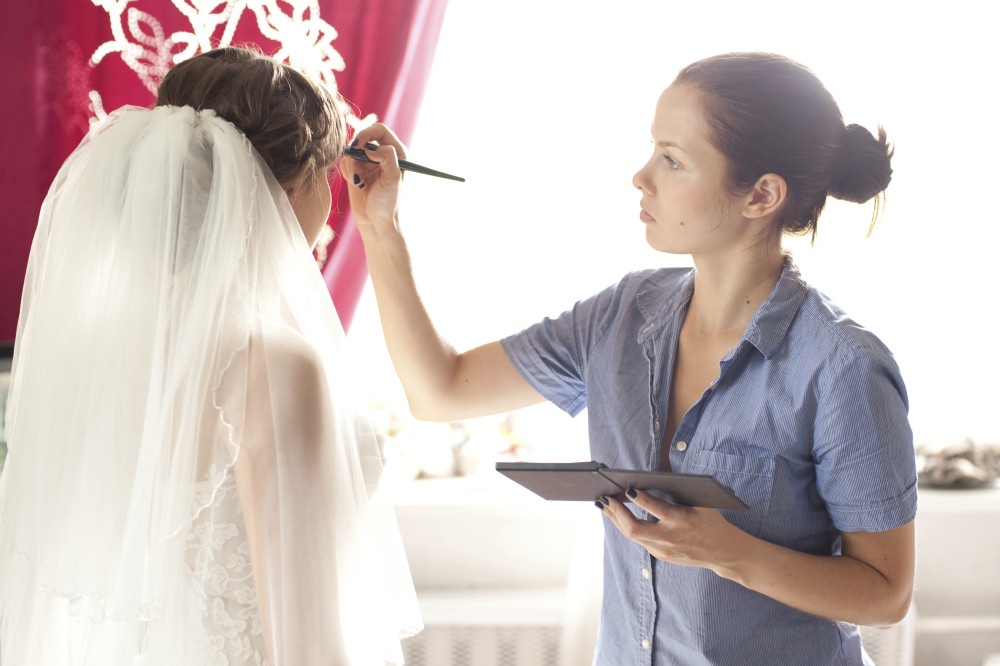 Adelaide Bridal Makeup Artist Courses