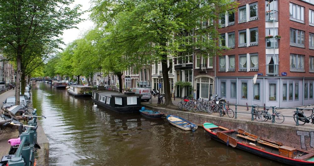 Amsterdam Netherlands Bridal Makeup Courses