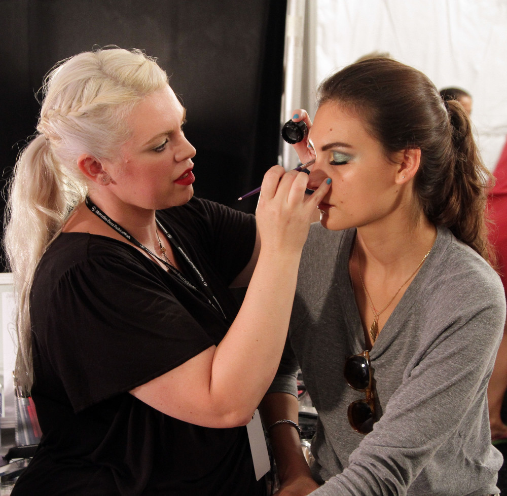 Bristol Bridal Makeup Artist Courses