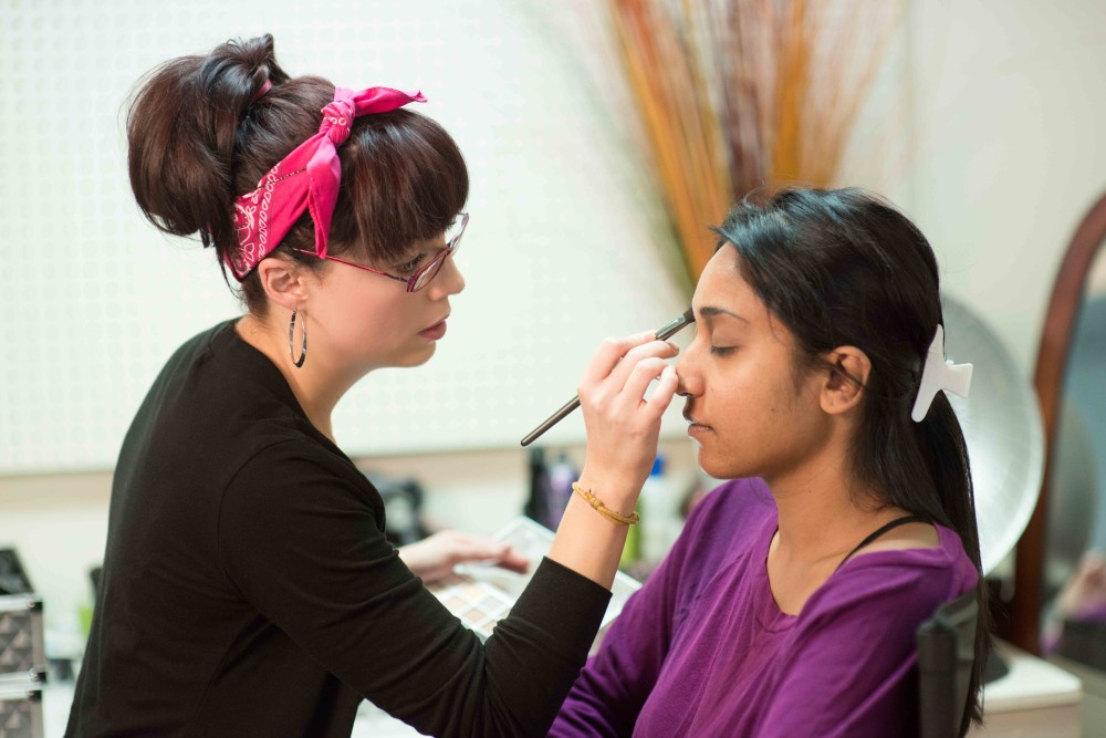 Detroit Bridal Makeup Artist Courses