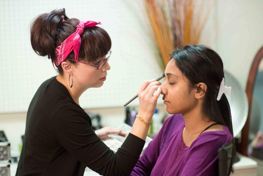 Detroit Bridal Makeup Artist Courses