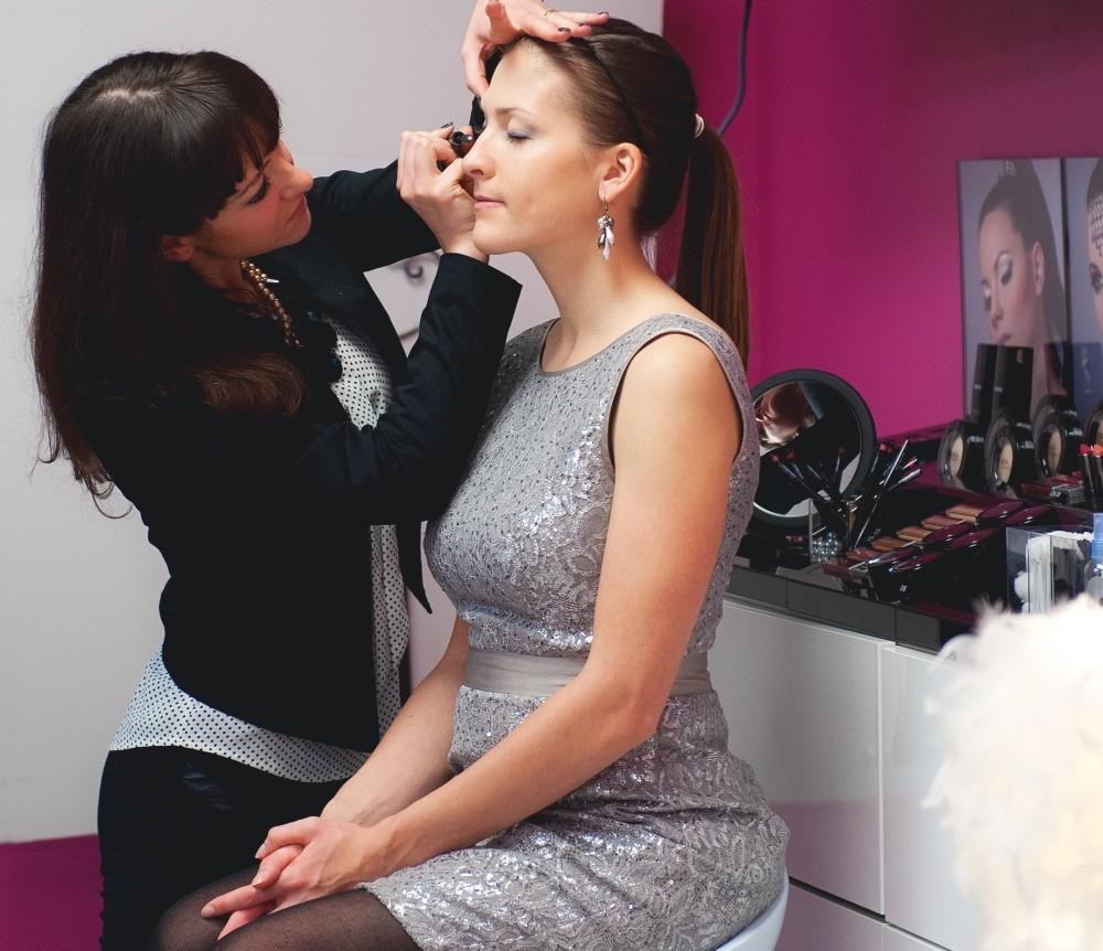 Madrid Spain Bridal Makeup Artist Courses